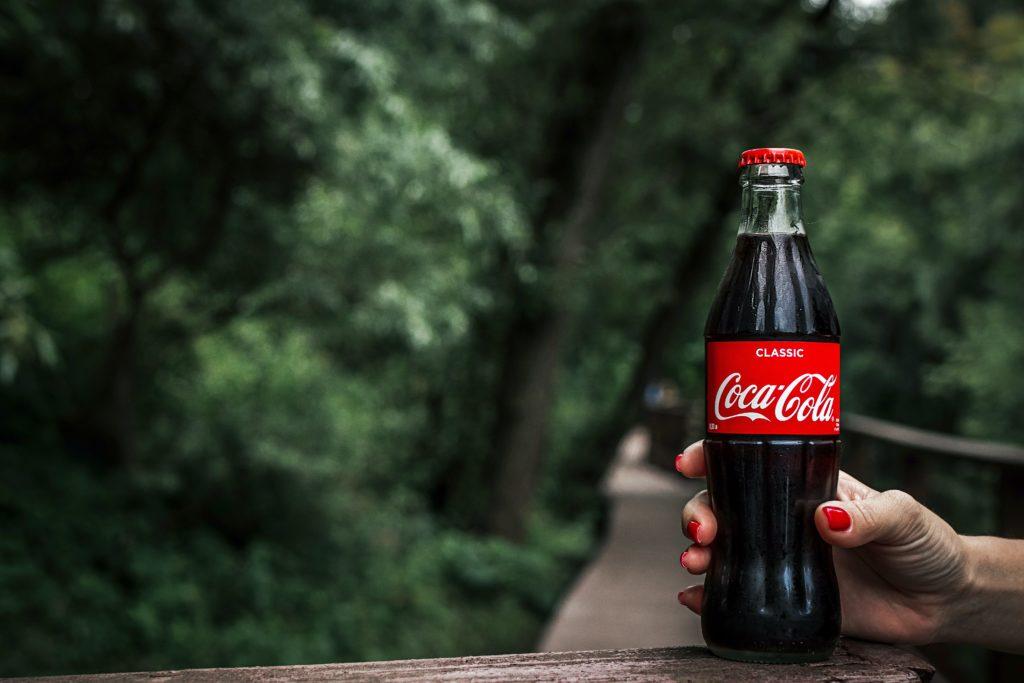 identyfikacja wizualna coca cola